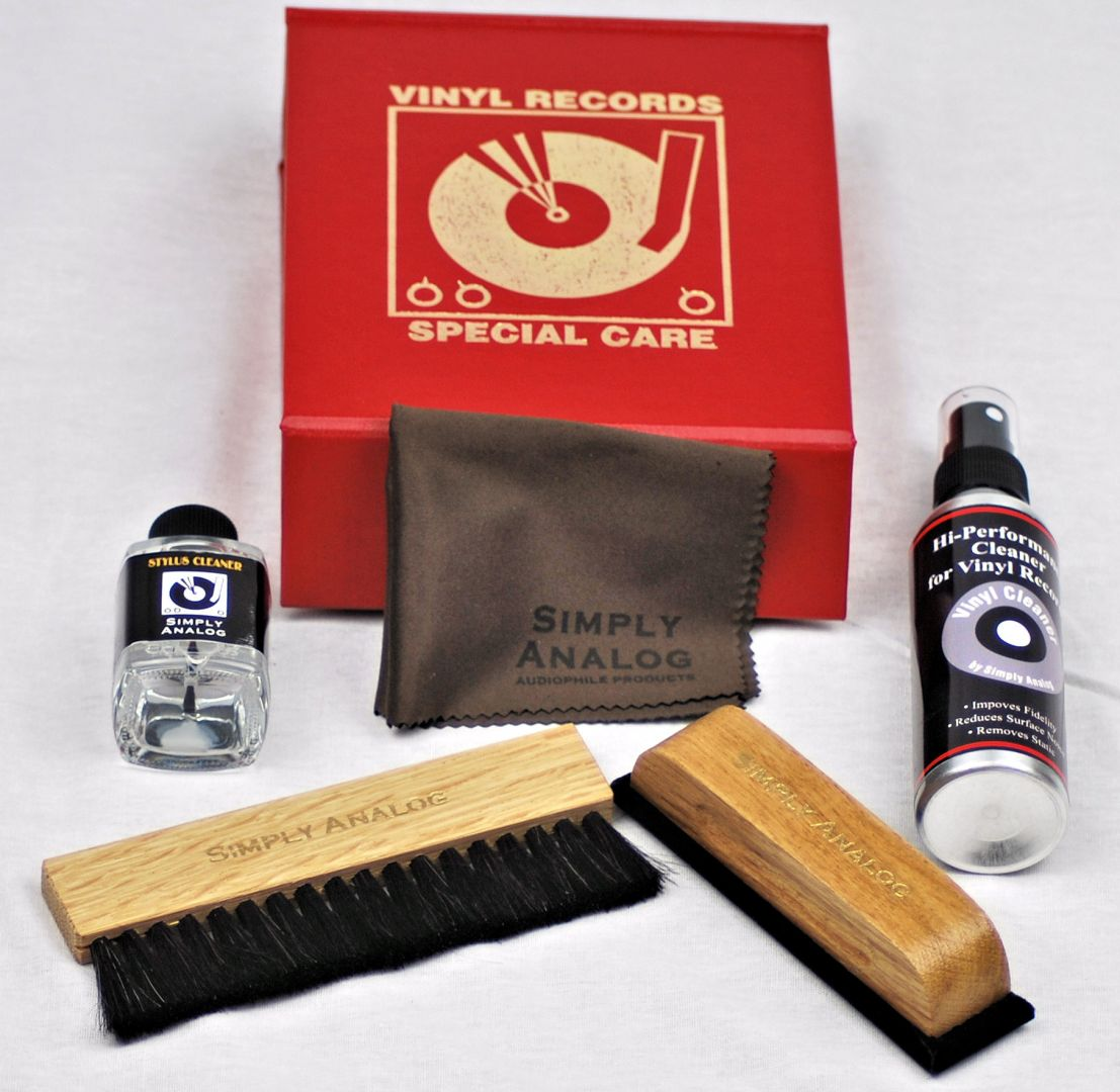 Simply Analogue Cleaning Kit Red
